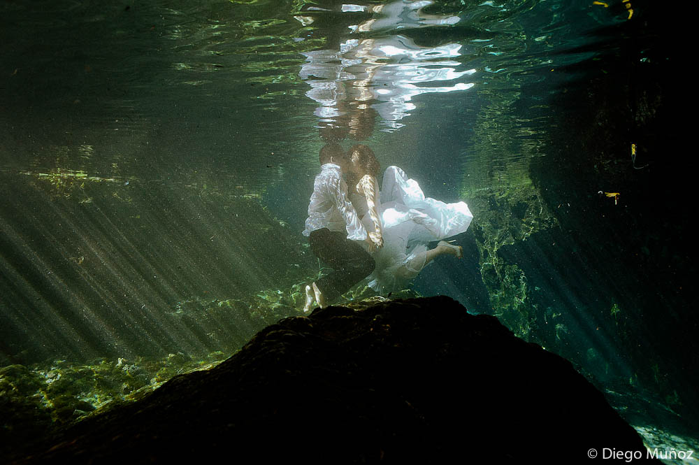 underwater trash the dress playa del carmen
