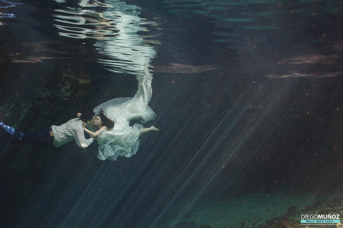 underwater trash the dress, tulum, riviera maya, playa del carmen